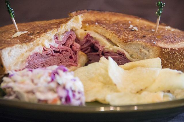 Chadd's Bsitro image of reuben sandwich
